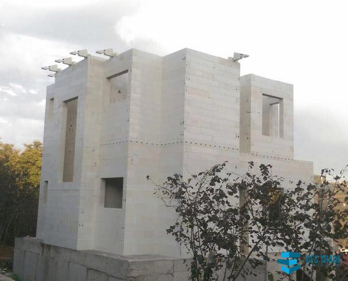 BES-TRADE-INTERNATIONAL-BUILDING-GIRESUN-HOUSES-3